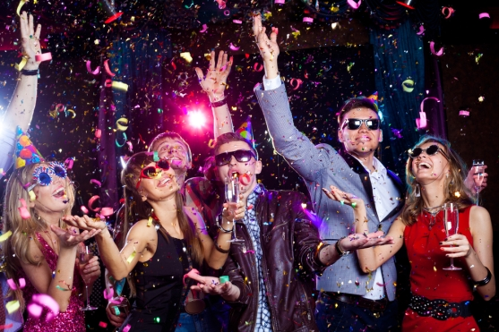 Young-people-celebrating-on-New-Years-Eve